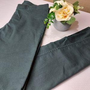 🌼3/$30 H&M Skinny Leg Jegging Green Size 12